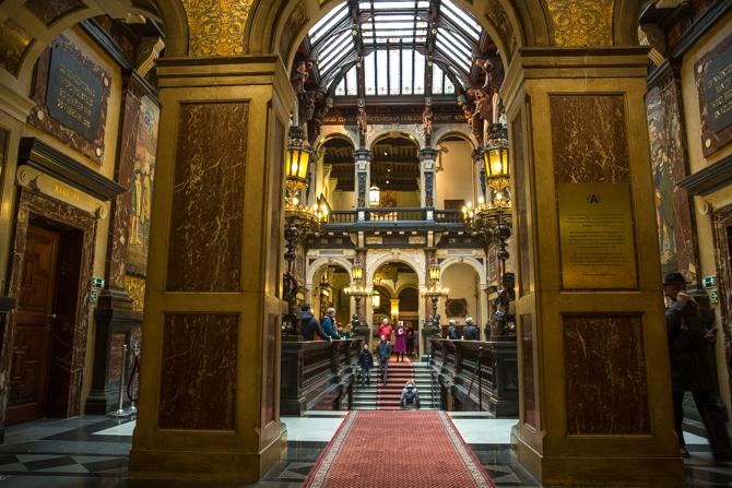 450 jaar stadhuis antwerpen for Interieur antwerpen